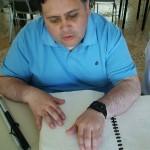Sociedad Biblica Donó Biblias en Braille